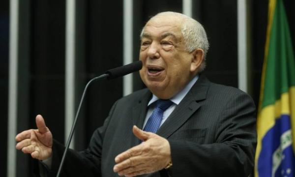 Ex-deputado do Piauí não quer deixar apartamento funcional em Brasília