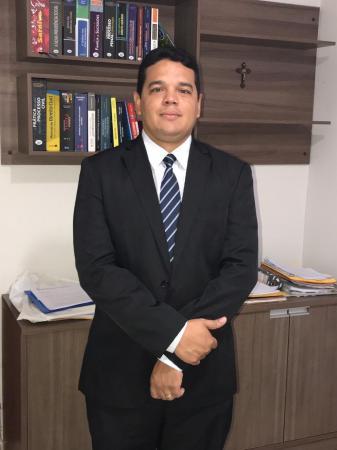 Dr. Aroldo Júnior, representante do Deputado Firmino Paulo em Cristino Castro, esclarece em nota a polêmica do vídeo sobre o INSS local!