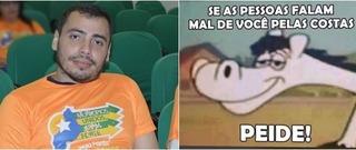 Prefeito manda indiretas e PEIDO para população através de MEMES pelo WhatsApp