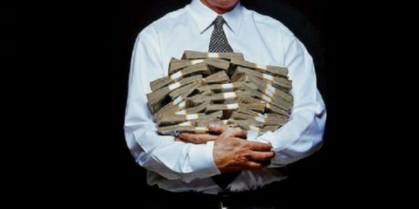 Supersalários sequestram o Erário do GDF no orçamento de 16 milhões por mês.