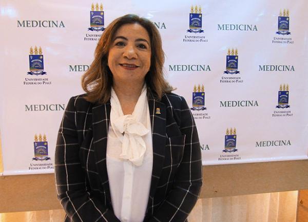 Médica apontada como dona de uma das clínicas foi nomeada como Diretora do Hospital Regional Justino Luz, de Picos
