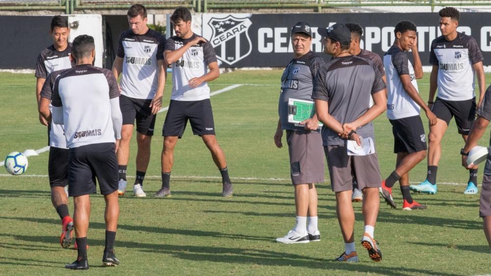Luiz Otávio e Willian Popp treinam e devem ser novidades no Ceará contra o Avaí