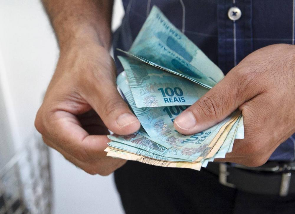 Como fica aposentadoria e pensão do INSS com novo reajuste do salário mínimo para 2020.