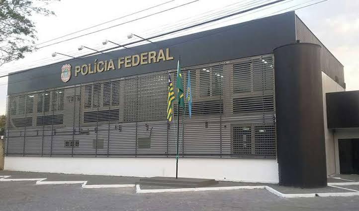 PF prende duas pessoas por divulgação de pornografia infantil no Piauí