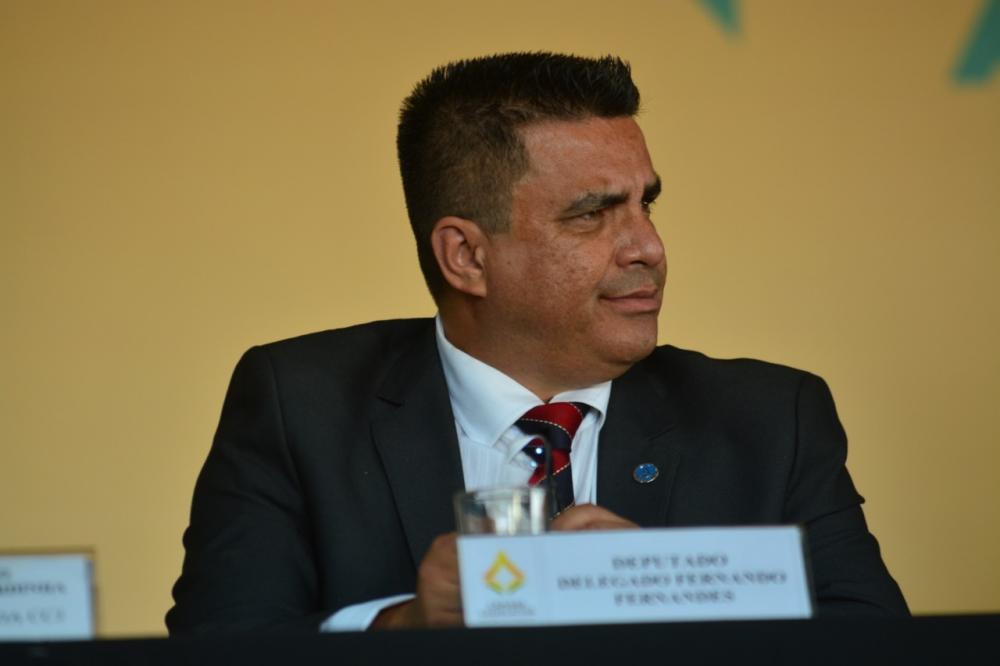 Deputado Fernando Fernandes é investigado por tráfico de drogas