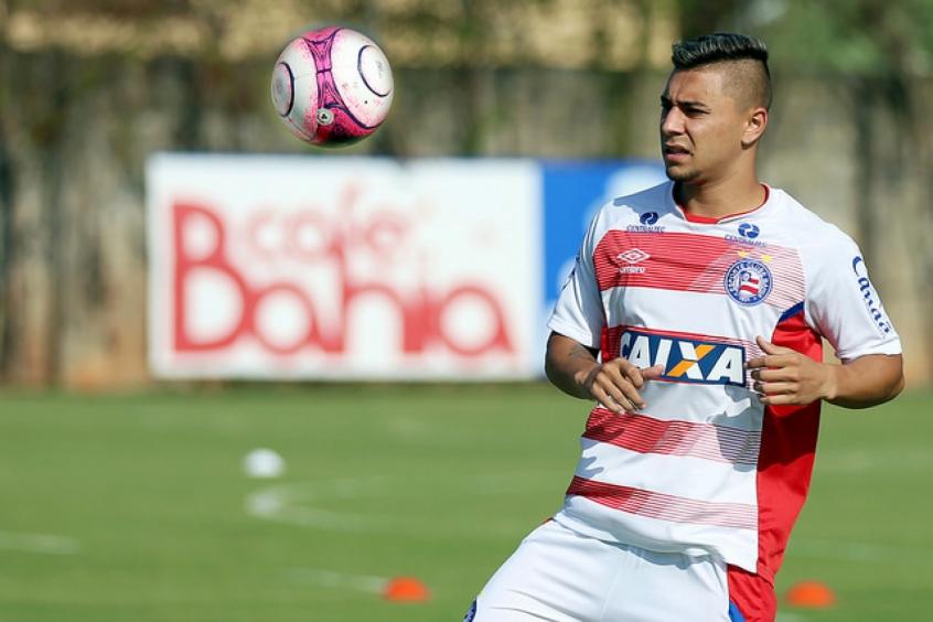 Titular em todos os jogos do ano, João Pedro se firma no Bahia