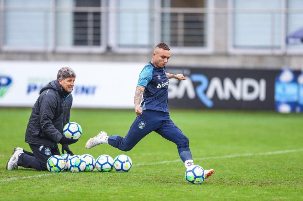 Grêmio confirma volta aos treinos na segunda