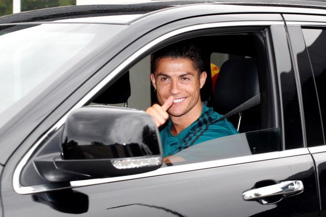 Cristiano Ronaldo volta ao centro de treinamento da Juventus após dois meses