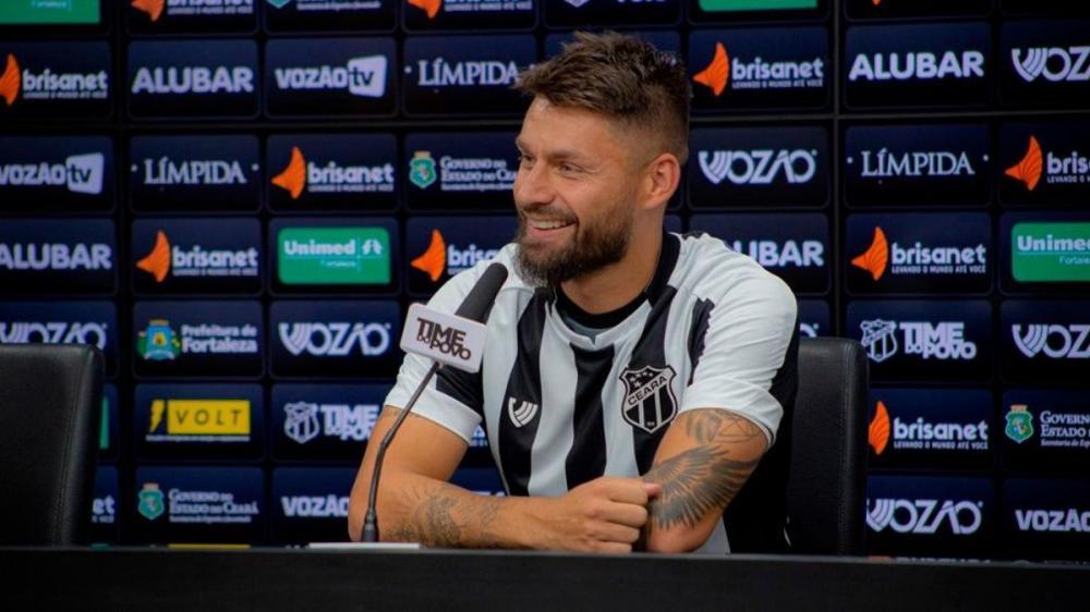 Rafael Sóbis diz que abandonará o futebol quando se aposentar: