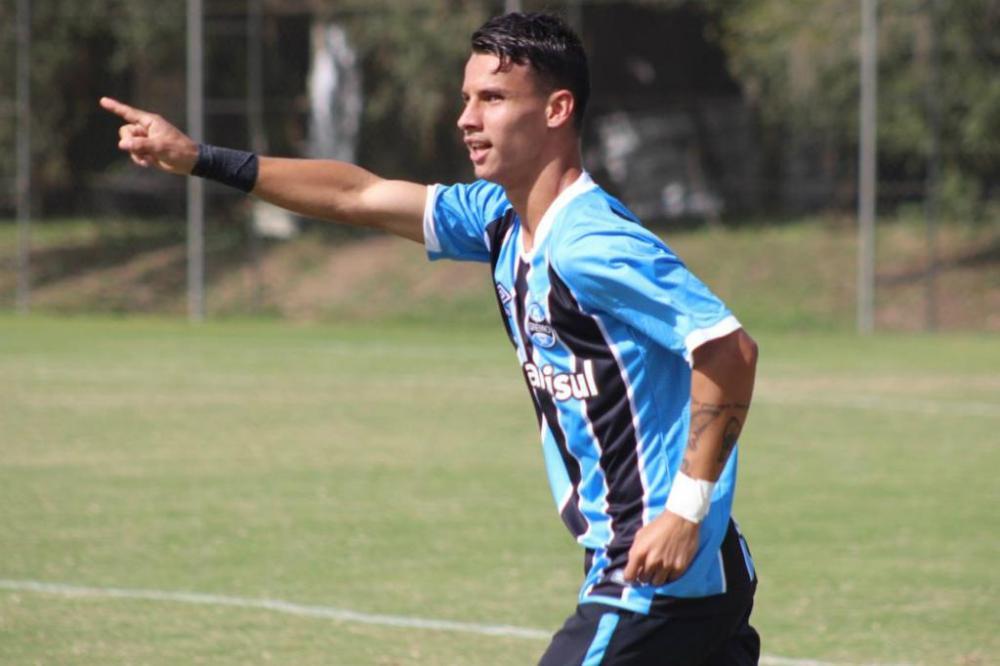 Grêmio não descarta volta às tratativas com atacante Ferreira