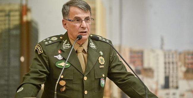 General Edson Pujol: o fiel da balança?